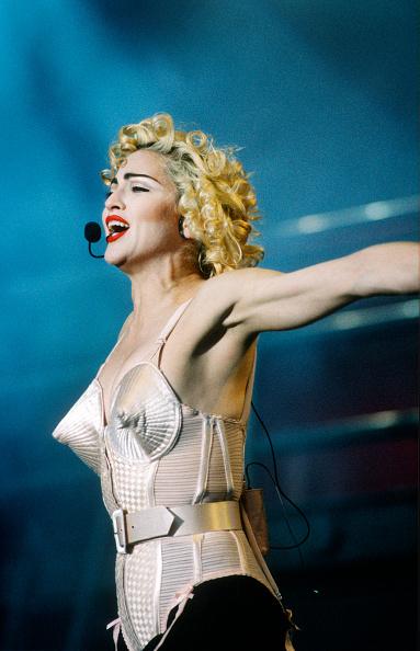 Blond Hair「Madonna」:写真・画像(4)[壁紙.com]