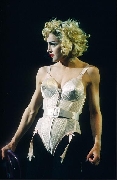 Blond Hair「Madonna」:写真・画像(1)[壁紙.com]