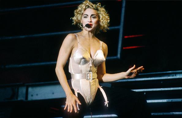 Blond Hair「Madonna」:写真・画像(3)[壁紙.com]