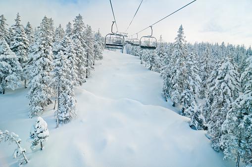 グルノーブル「チェアリフトのユキコ冬の風景」:スマホ壁紙(3)