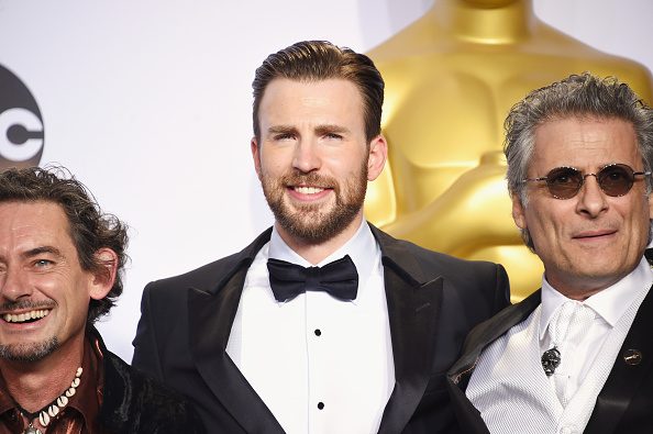 Small Group Of People「88th Annual Academy Awards - Press Room」:写真・画像(11)[壁紙.com]