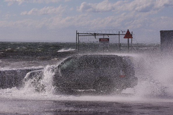 Wave「Wild Weather Hits Melbourne」:写真・画像(18)[壁紙.com]