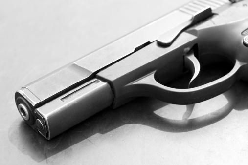 Semi-Automatic Pistol「B&W Semi-Automatic Handgun Pistol」:スマホ壁紙(9)