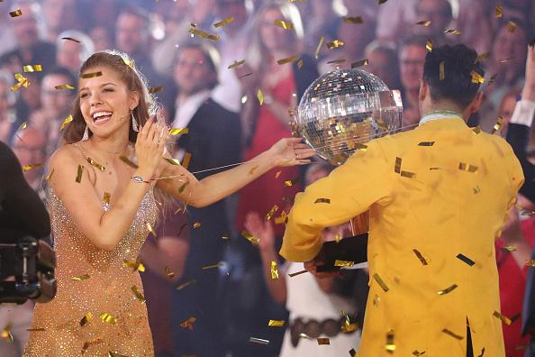 Swarovski「'Let's Dance' Finals」:写真・画像(11)[壁紙.com]