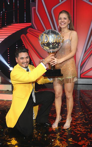 Swarovski「'Let's Dance' Finals」:写真・画像(6)[壁紙.com]