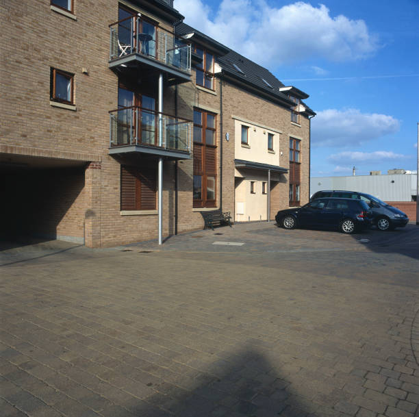 Property development. A large number of new houses are built all over the UK.:ニュース(壁紙.com)