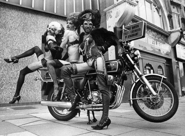 Broadway - Manhattan「Cycle Sluts」:写真・画像(6)[壁紙.com]