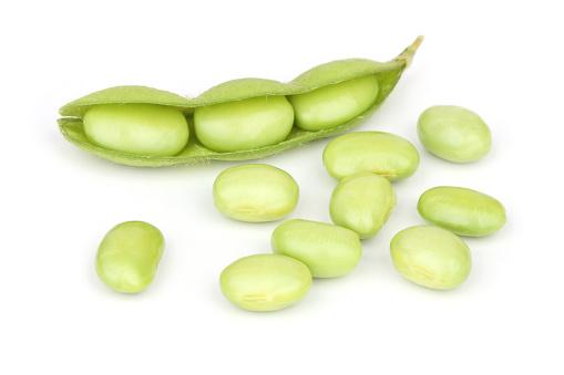 Bean「Soybeans with soft shadow」:スマホ壁紙(10)