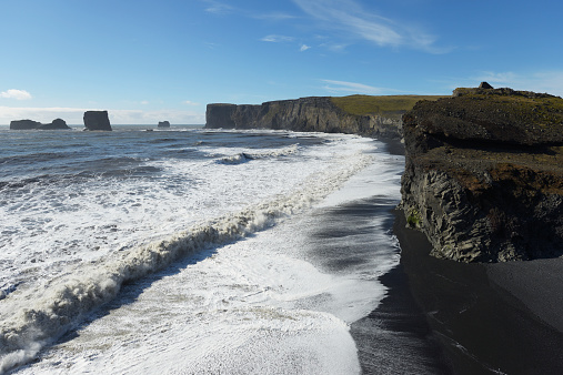 Basalt「Dyrholaey, Formerly Known As Cape Portland, In The Southernmost Part Of Iceland」:スマホ壁紙(7)