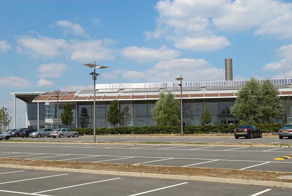 Empty「Photovoltiac powered Ford centre for Engineering and Manufacturing Excellence at Dagenham, East London, UK」:写真・画像(11)[壁紙.com]