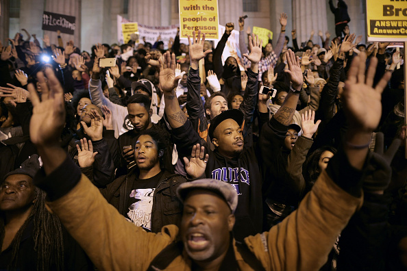 Missouri「Protests Continue In DC One Day After Ferguson Grand Jury Decision」:写真・画像(16)[壁紙.com]