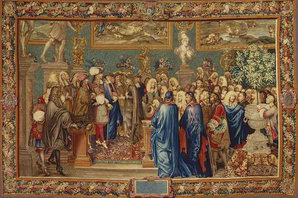 UNESCO World Heritage Site「An Audience Granted By Louis Xiv To The Count Of Fuentes? At The Louvre」:写真・画像(4)[壁紙.com]