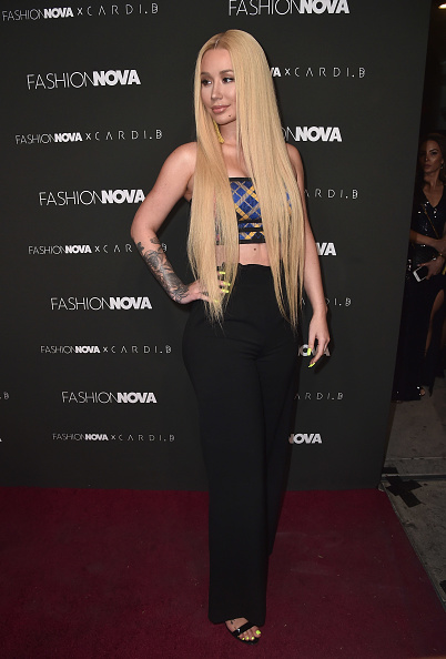 イギー・アゼリア「Fashion Nova x Cardi B Collaboration Launch Event - Arrivals」:写真・画像(4)[壁紙.com]