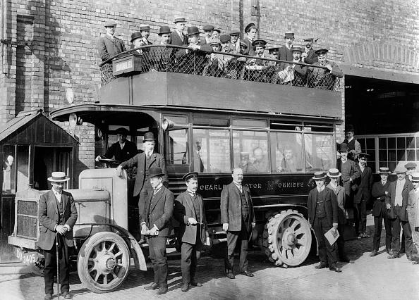 Edwardian Style「1906 Daimler Experimental Gearless Bus. Creator: Unknown.」:写真・画像(16)[壁紙.com]