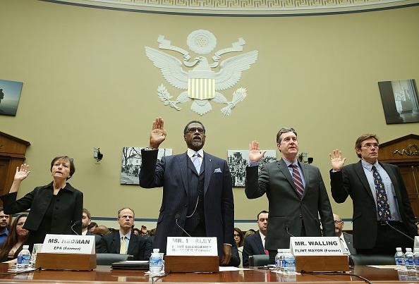 Water「House Oversight Hearing Held On Flint Water Crisis」:写真・画像(17)[壁紙.com]