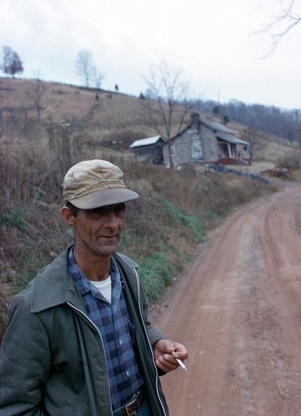 上半身「The Poor of Pike County」:写真・画像(17)[壁紙.com]