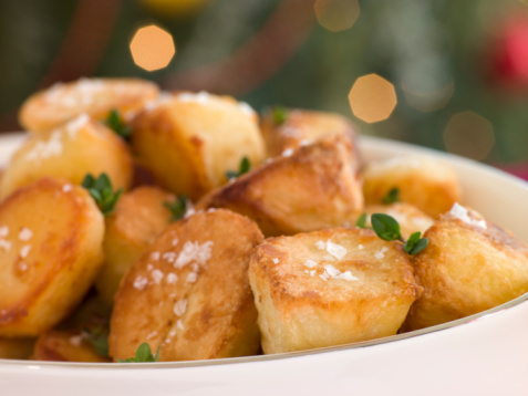 Lemon Thyme「Dish of Roast Potatoes with Sea Salt and Lemon Thyme」:スマホ壁紙(9)