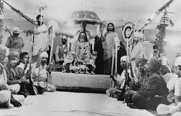 Indian Subcontinent Ethnicity「Shankaracharya On Throne」:写真・画像(3)[壁紙.com]