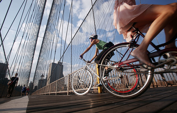 Brooklyn Bridge「Commuting In NYC Bicycle Gains In Popularity According To DOT Study」:写真・画像(15)[壁紙.com]