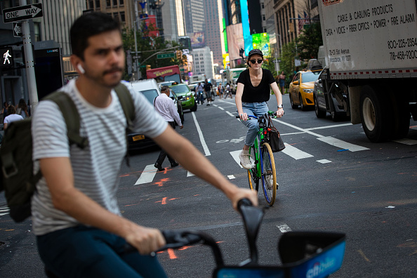 Cycling「New York City's 18th Bicycle-Traffic Fatality Of 2019 Prompts New Safety Plans」:写真・画像(5)[壁紙.com]