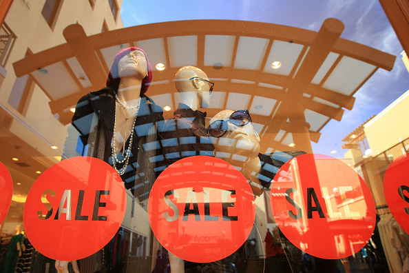 Shopping「Commerce Department Reports Retail Sales Drop Sharply In September」:写真・画像(12)[壁紙.com]