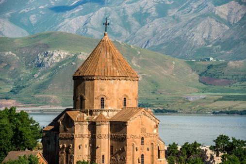 Akdamar Island「The Armenian Cathedral in Akdamar Island, Van」:スマホ壁紙(3)