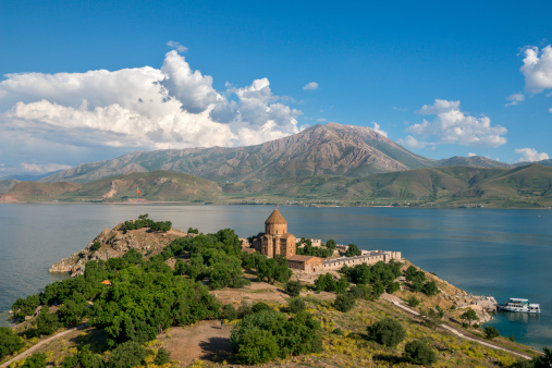 Akdamar Island「The Armenian Cathedral in Akdamar Island, Van」:スマホ壁紙(1)