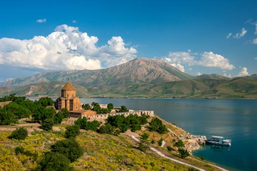 Akdamar Island「The Armenian Cathedral in Akdamar Island, Van」:スマホ壁紙(16)