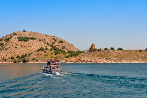 Akdamar Island「The Armenian Cathedral in Akdamar Island, Van」:スマホ壁紙(15)