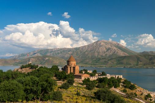 Akdamar Island「The Armenian Cathedral in Akdamar Island, Van」:スマホ壁紙(18)