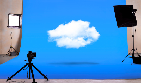 Blue Background「Cloud computing in photography studio」:スマホ壁紙(12)