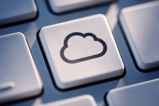 Hard Drive「Cloud Computing Key On Computer Keyboard」:スマホ壁紙(16)