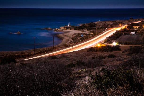 Pacific Coast Highway & Leo Carrillo State Beach at night.:スマホ壁紙(壁紙.com)