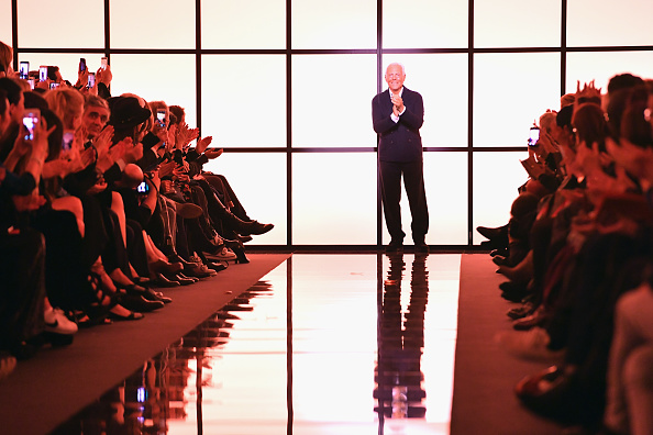 ブランド ジョルジオアルマーニ「Giorgio Armani Prive : Runway - Paris Fashion Week - Haute Couture Spring Summer 2017」:写真・画像(14)[壁紙.com]