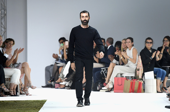 Giambattista Valli - Designer Label「Giambattista Valli : Runway - Paris Fashion Week - Haute Couture Fall/Winter 2016-2017」:写真・画像(3)[壁紙.com]