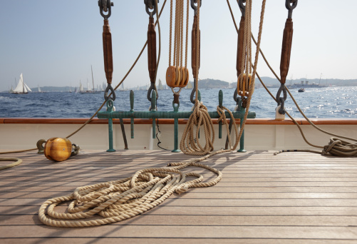 Sailboat「Classic Sailing yacht deck and view」:スマホ壁紙(4)
