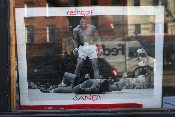 John Moore「Brooklyn Community Continues Post Sandy Recovery」:写真・画像(0)[壁紙.com]