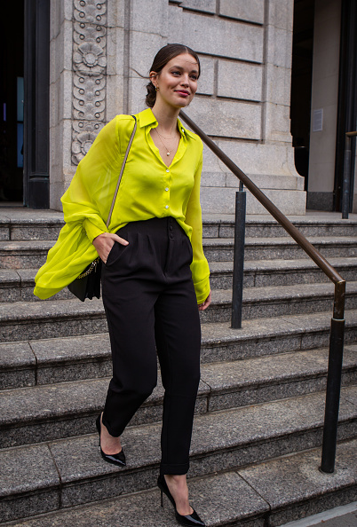 Black Pants「Street Style - New York Fashion Week February 2019 - Day 5」:写真・画像(0)[壁紙.com]