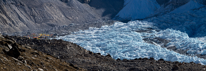 Khumbu Glacier「Khumbu Glacier below Mount Everest」:スマホ壁紙(13)