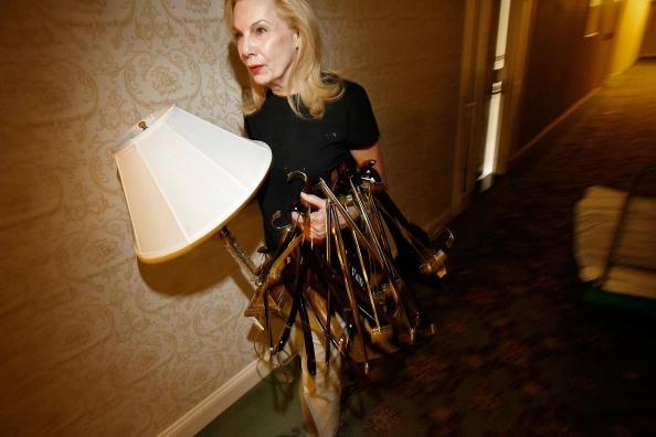 Electric Lamp「Famed Watergate Hotel Holds Liquidation Sale」:写真・画像(9)[壁紙.com]