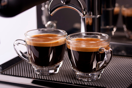 Shot Glass「two cups of espresso shot with crema」:スマホ壁紙(15)