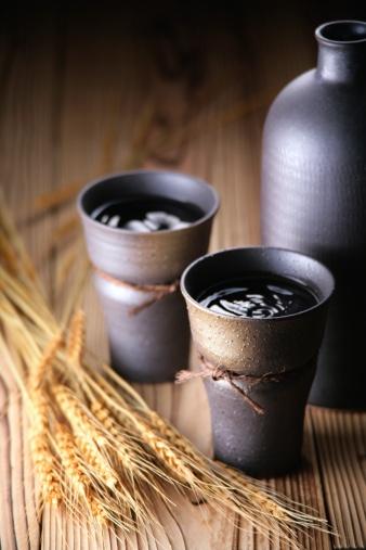 Saki Decanter「Two cups of shochu」:スマホ壁紙(16)