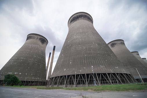 Electricity Pylon「Disused Cooling towers」:スマホ壁紙(14)
