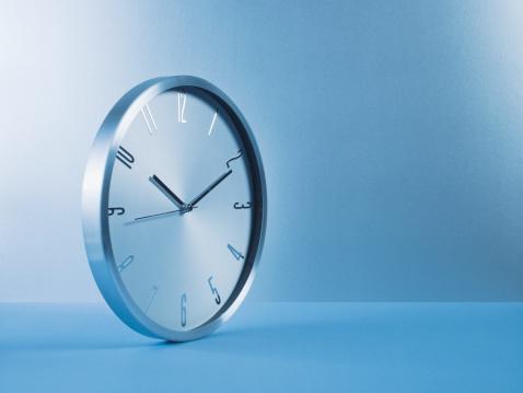 Time「Metal clock」:スマホ壁紙(14)