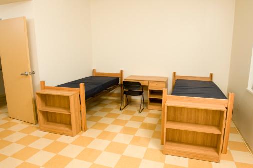 College Dorm「Empty college dorm room」:スマホ壁紙(15)