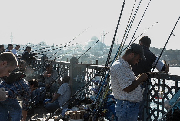 Fisherman「Bosphorus Fishing」:写真・画像(1)[壁紙.com]