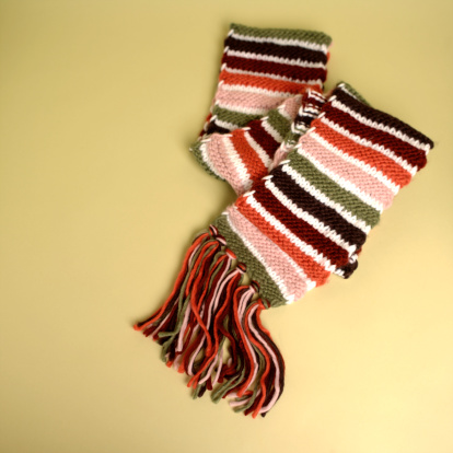 スカーフ「Stripey scarf with tassels」:スマホ壁紙(1)