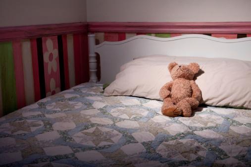 キルト「テディベアのベッド」:スマホ壁紙(8)