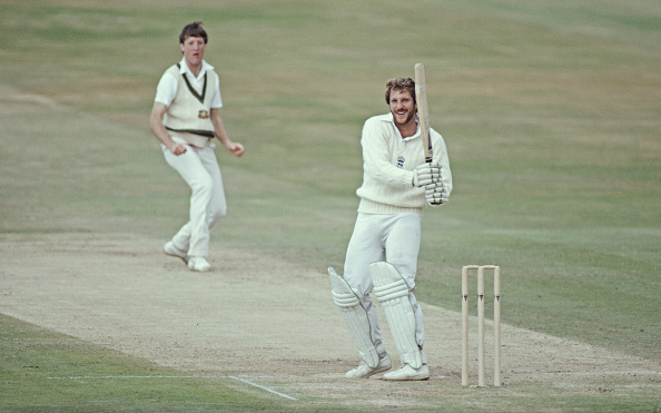 Cricket Player「Ian Botham 149 England v Australia 3rd Test Match 1981」:写真・画像(16)[壁紙.com]