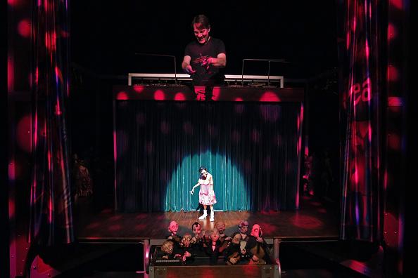 Puppet「The Daisy Theatre」:写真・画像(13)[壁紙.com]
